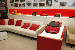 Ferrari_05.jpg