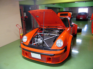 Porsche02.jpg